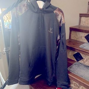 NWT Huntworth Hoodie size large